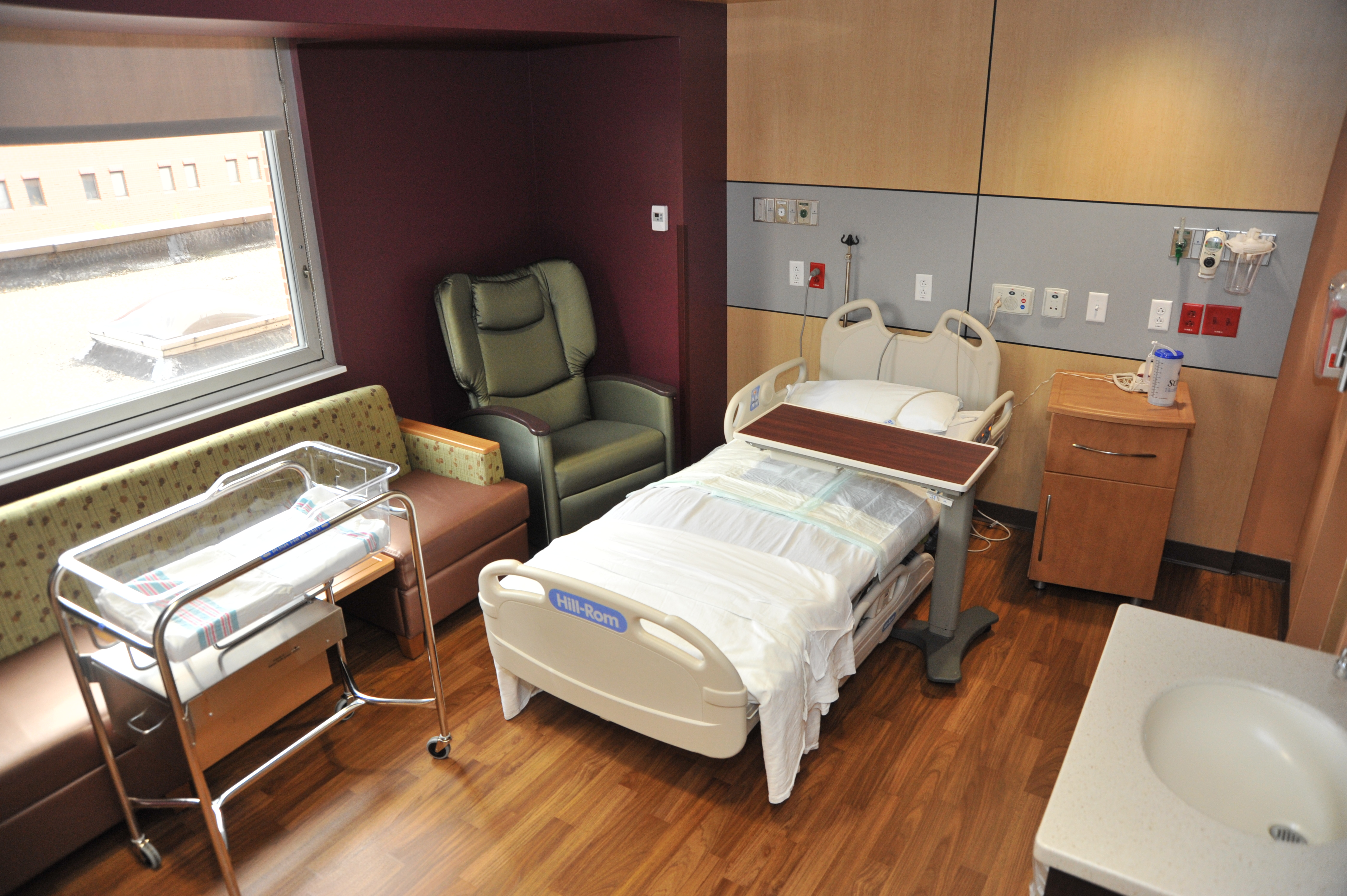 Summa Health System - Summa announces private mother/baby rooms at